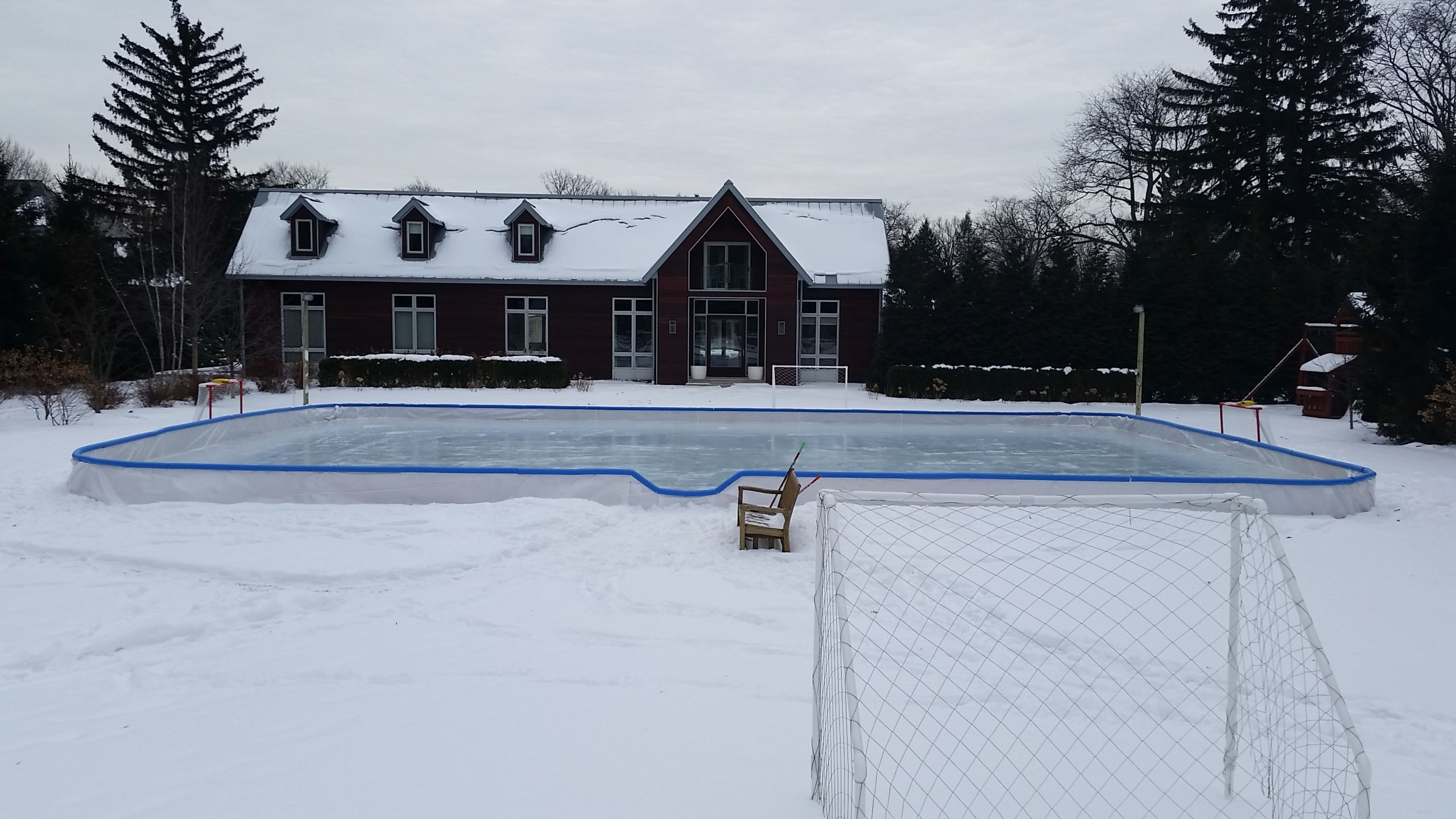 35 Insanely Chic Ice Rinks Backyard - Home, Family, Style ...