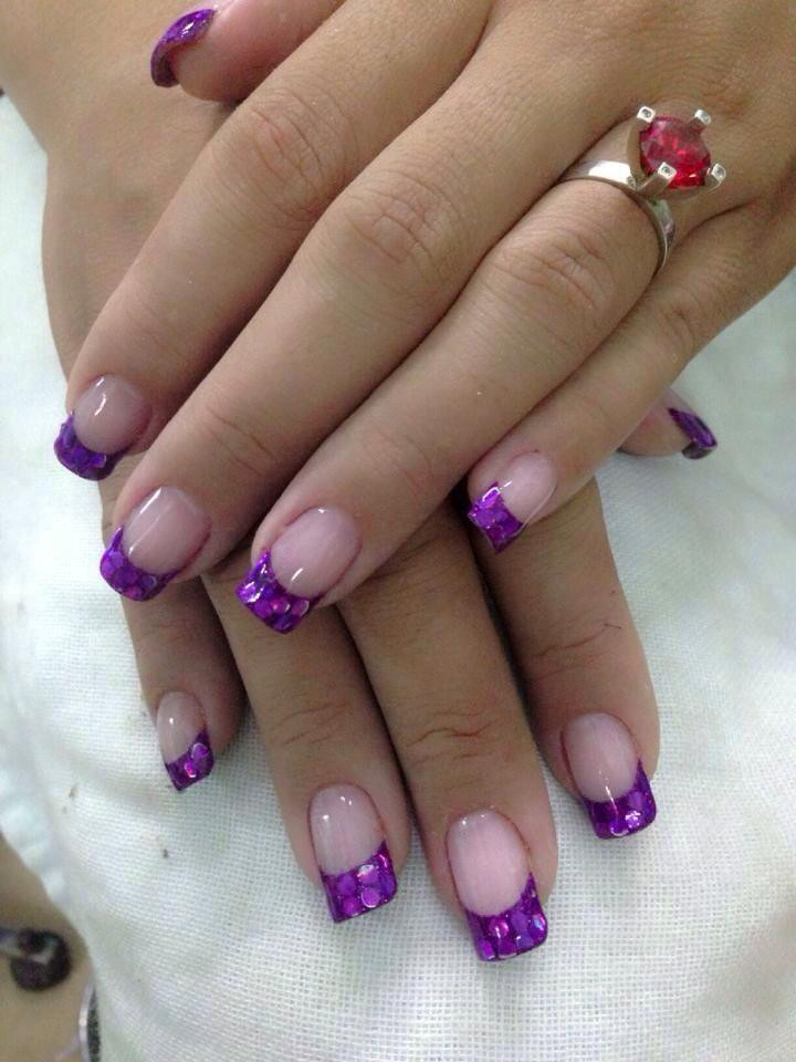 What is SNS anyway? We review the new manicure trend